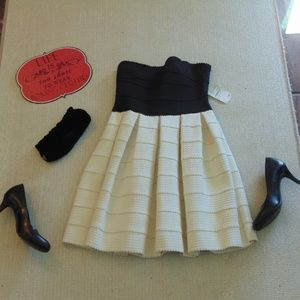 Nordstrom Cream/Black Strapless Dress-Size Small